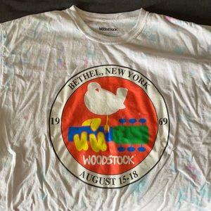 XL Woodstock t shirt